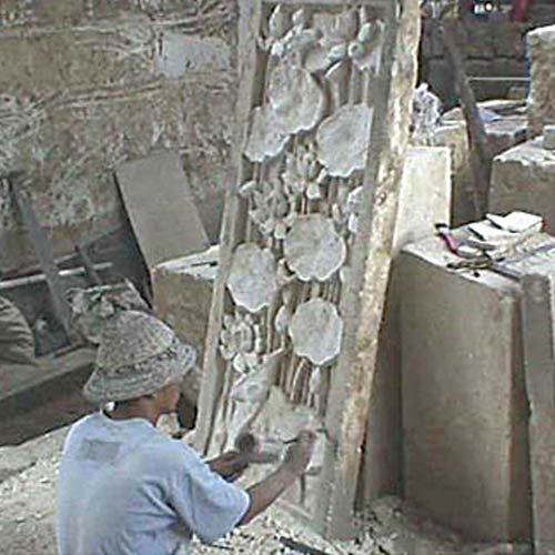 lg-stone-relief-carver