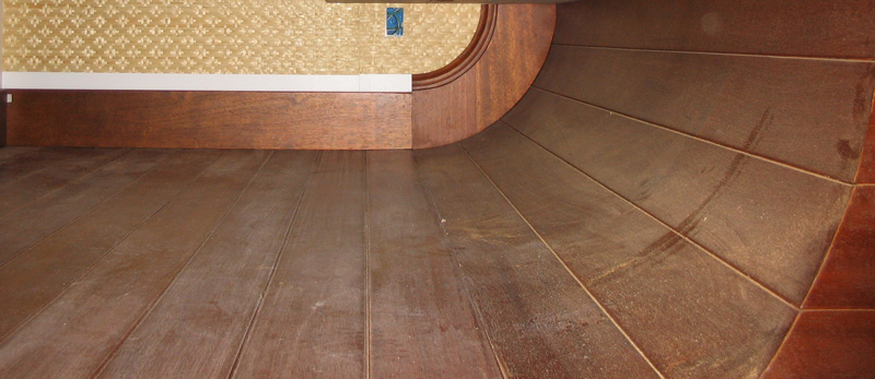 curved floor_800w